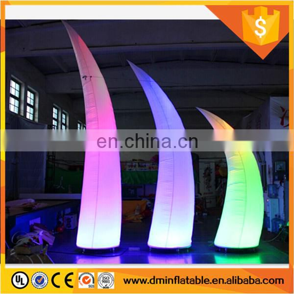 glowing lighted wedding pillar