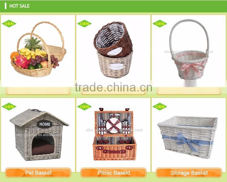 Customized Hand woven wicker trolley small wicker shopping basket with wheel