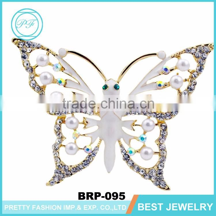 Wholesale gold metal colorized crystal woman hellow butterfly wing brooch for valentine gift