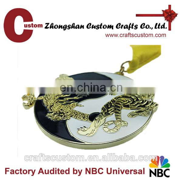 Custom award medal/trophies and medals china/awards medal stand