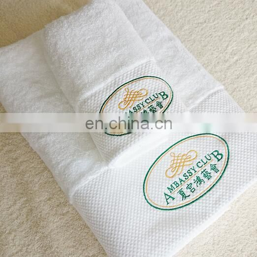 Hotel Towels Extra Large 100% Cotton Luxury Bath Sheet, Easy Care, Cotton for Maximum Softness and Absorbency - Gray (