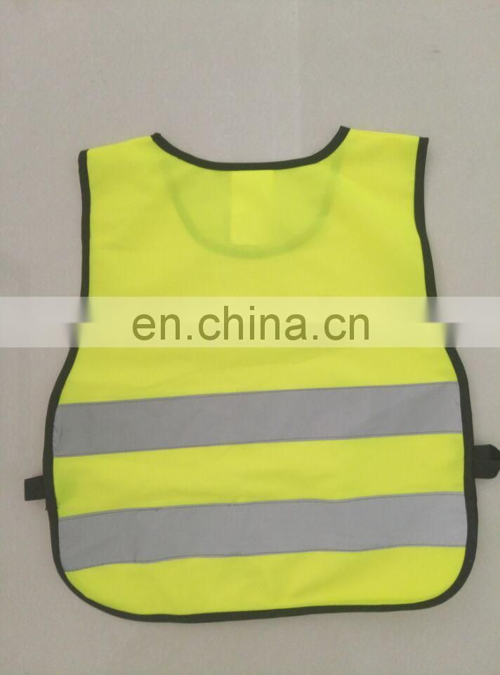 Children reflective safety vest conforms to EN 1150