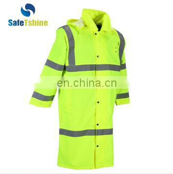 Fashion secure and cheap waterproof Rubber Raincoat