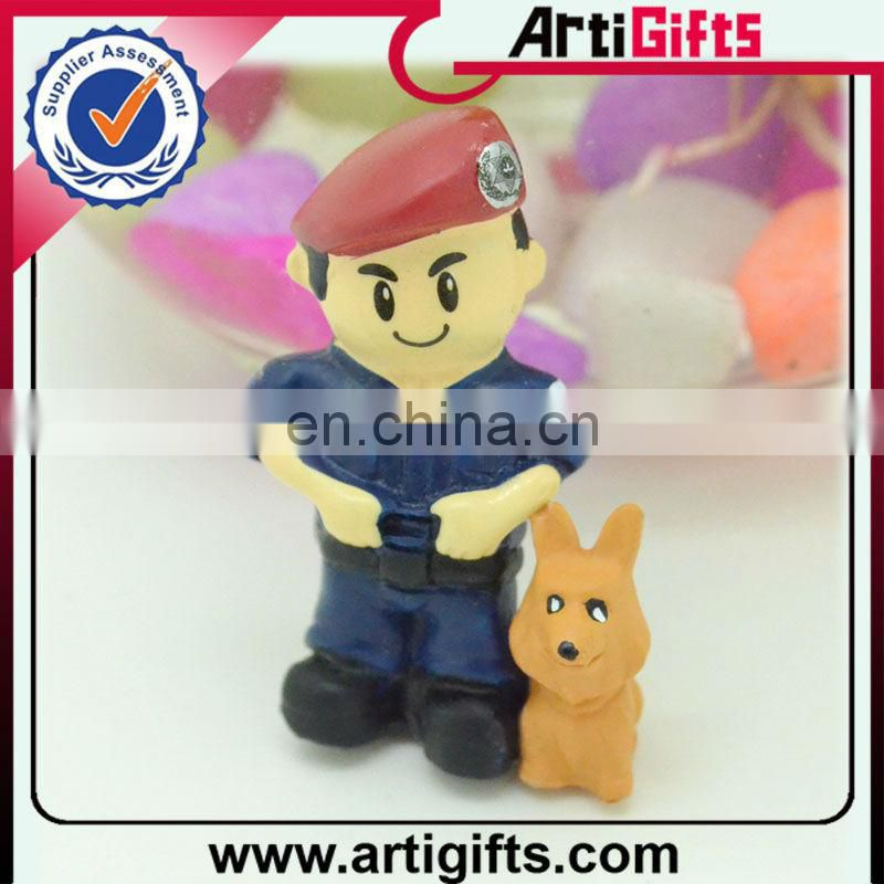 3d cartoon small toys plastic figurines