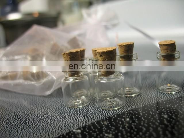 2015 New Product High Quality Small glass 5ml bottle wooden cork stopper