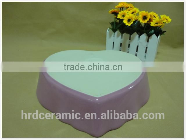 Chinese wholesale colorful heart shaped bakeware set