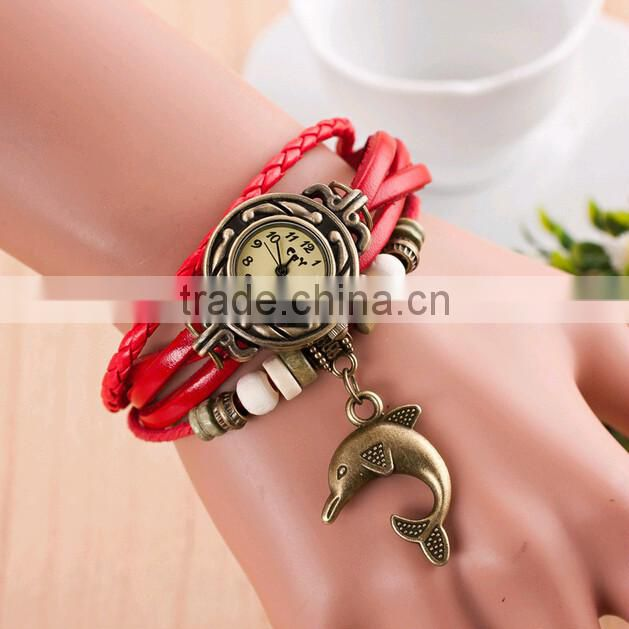 Fashion Retro Classic Leather Strap Woman Bracelet Wrist Watch