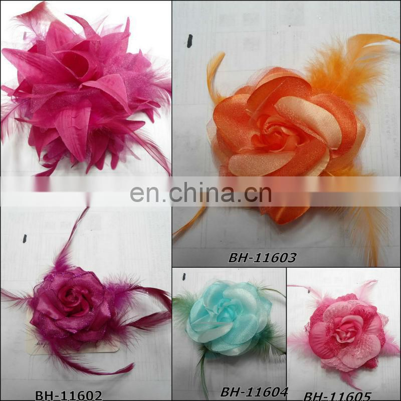Fashion feather fabric flower brooch