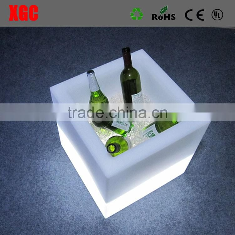 Custom plastic wine cooler/clear plastic ice bucket for wholesale