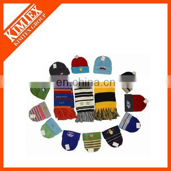 Cable knitted hat scarf gloves set