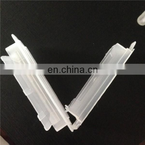 Plastic handle for dust proof cardboard box