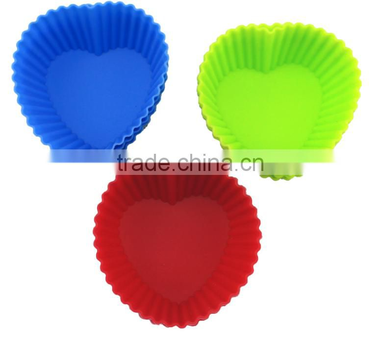 2015 fashion heart-shaped silicone cake mold& silicone baking tools