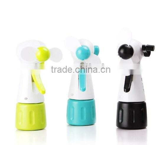 Hot sale plastic mini handhed fan/portable water spray fan