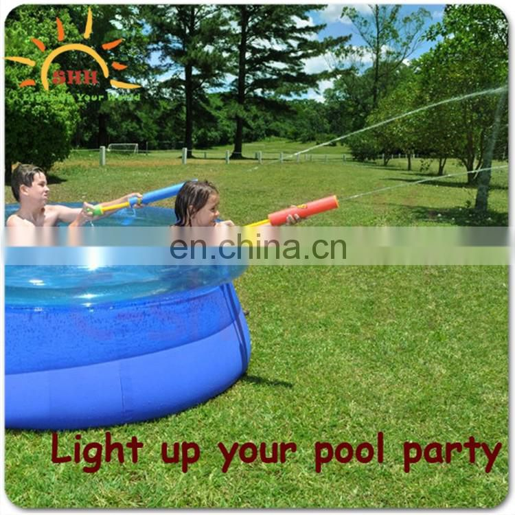 2016 New Products Light Up LED Water Gun Blaster Toy
