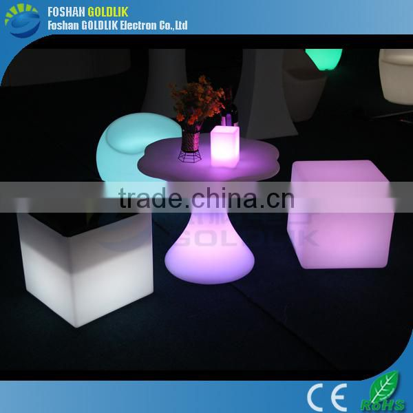 Lighted led cube price for wedding decoration, battery powered led cube chair GKC-040RT