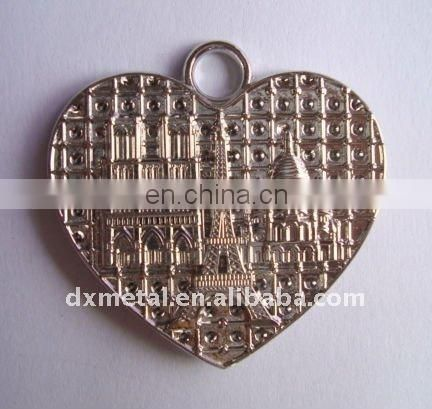 Castle design heart hanging ornament
