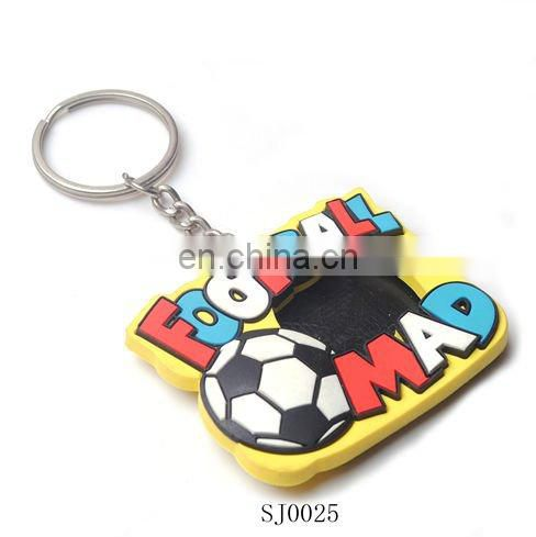 soft PVC Rubber keychain/badge design key chain
