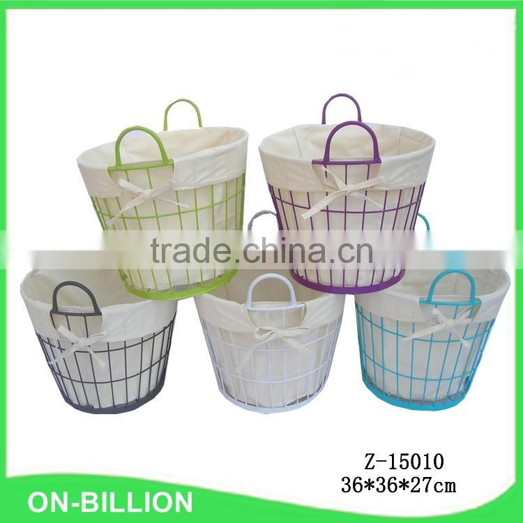 Colored metal wire laundry basket in bulk