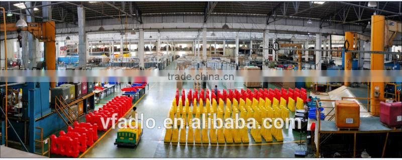 China factory long traffic crowd control security plastic road block