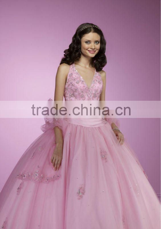 Deep V-neckline embroidery beaded appliqued pink halter custom-made ball gowns CWFab4768