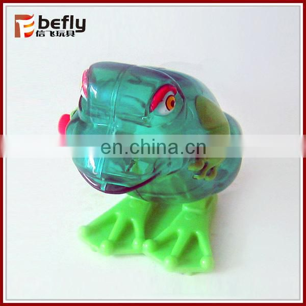 Plastic frog winding jumping toy