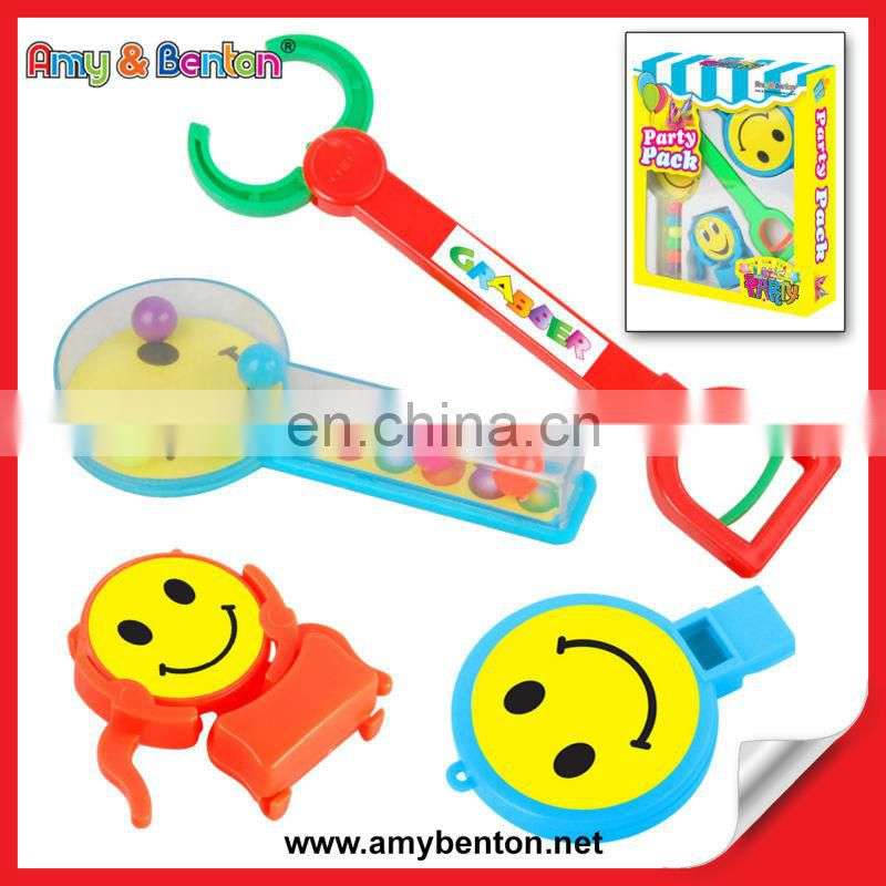 Wholesale 100% Non-toxic Plastic Promotional Toys Kid Party Favors
