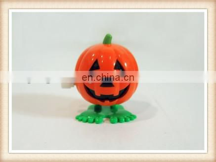 plastic funny wind up walking pumpkin toy