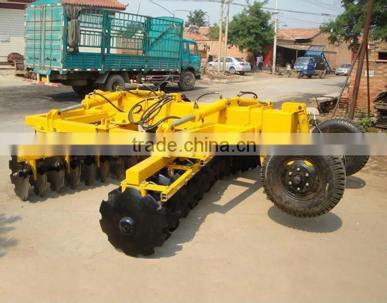 Large farm machine 130-260HP Tractor trailed 4.4-6.2m working width 40-56 PCS Disc Harrow