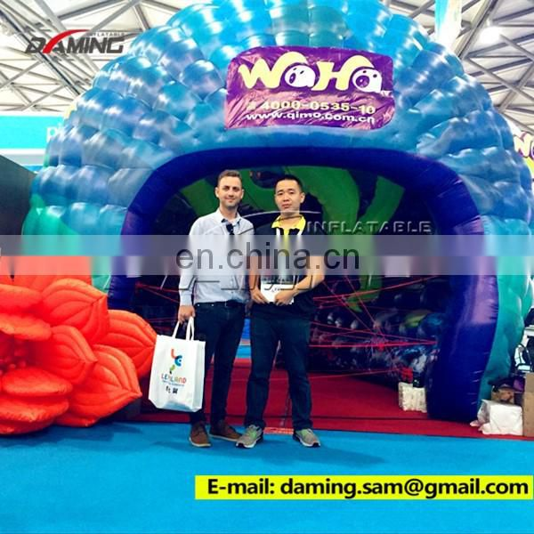 2016 advertising inflatable promotional backpacks