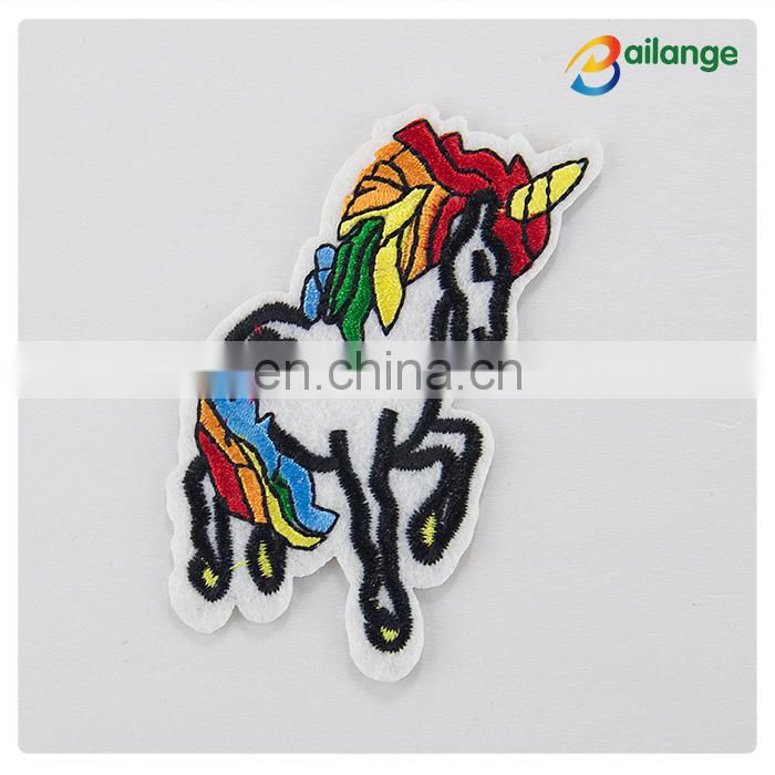 embroidered badge sewing on shoes, cheap custom brand name patches