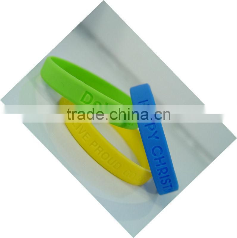MA-74 2013 Cheap Silicone Wristbands