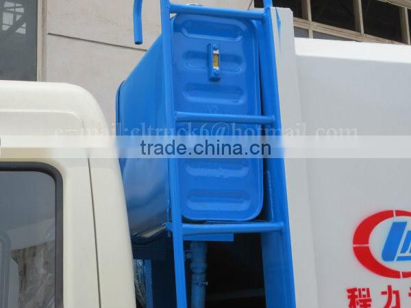 DONGFENG 4*2 Garbage Truck With Compactor 3ton to 5ton