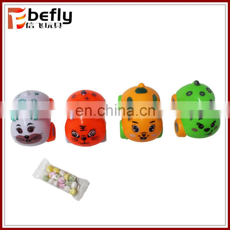 Cheap animal plastic pull back vending machine toy with candy