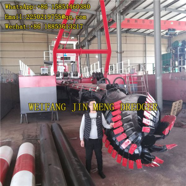 Sand Suction Dredger Strong Power 200mm Oil Tank Image