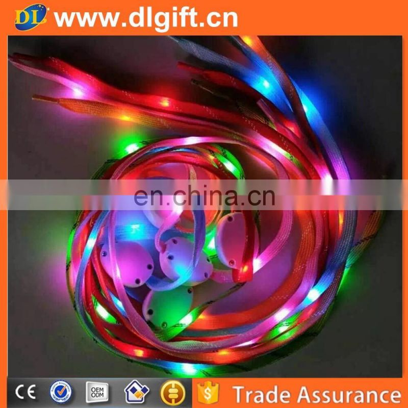 2018 new style cheap reflective led flashing nylon shoelaces for display