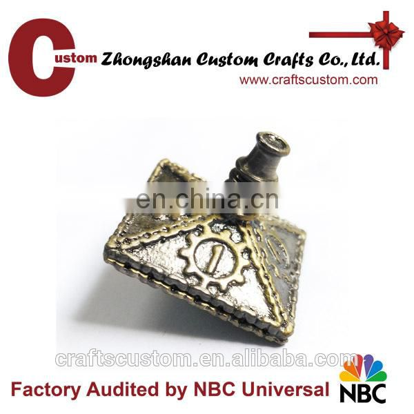 Custom Metal RPG Antique Bronze finish dice decoration
