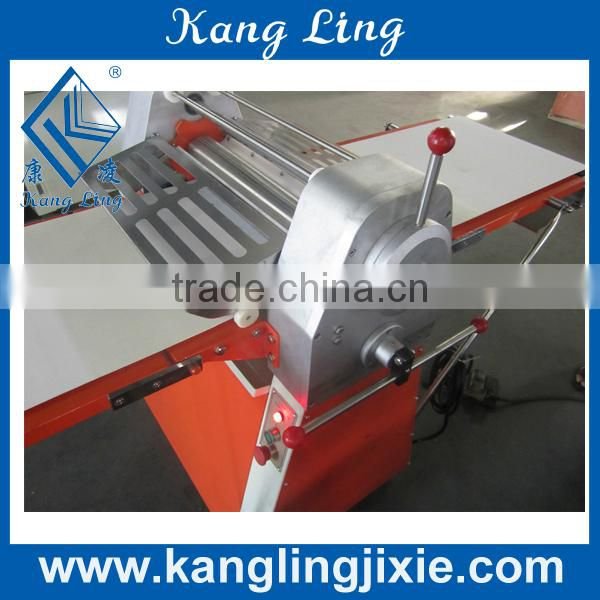 Dough Sheeter with Stainless Steel Seameless Roller for Pancak use
