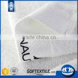 promotional solid color plain weave 21s cotton towel