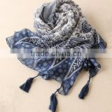2016 spring new design blue and white porcelain with tassel shawl long style scarf