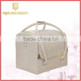 2016 Wholesale Custom Makeup Travel Toiletry Makeup Bag Promotional Fashion Cosmetic Bags laminated pp woven cement bag