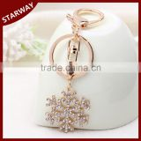 Fashionable crystal snowflake promotional gift keychain/