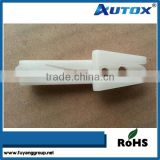 China manufacturer custom white automotive fastener