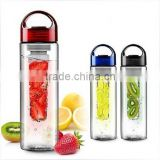 Customized Eco-friendly Health Trintan Water Bottle With Fruit Infuser/ Citrus bottle/ Palstic Juice zinger