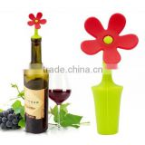 Beautiful silicone red wine bottle stopper with flower