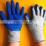 Low price good quality safety rubber latex coated cut resistant gloves, HDPE cut resistant working gloves