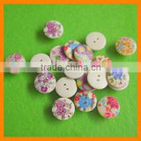 New Fashion Wooden Button Design