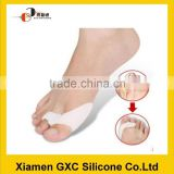Good effect silicone toe separator slippers