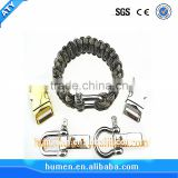 Light stainless steel shackle for Woven bracelet