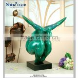 Fat lady art figurine dynamic posture sculpture