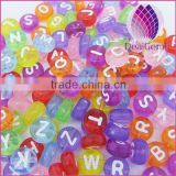 Wholesale beautiful fashion oblate acrylic alphabet beads letter beads alphabet for necklace